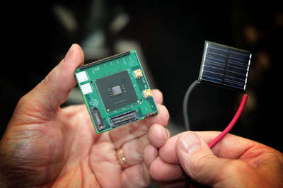 NTVP Solar Device Sonne bestrahlt Computerchips