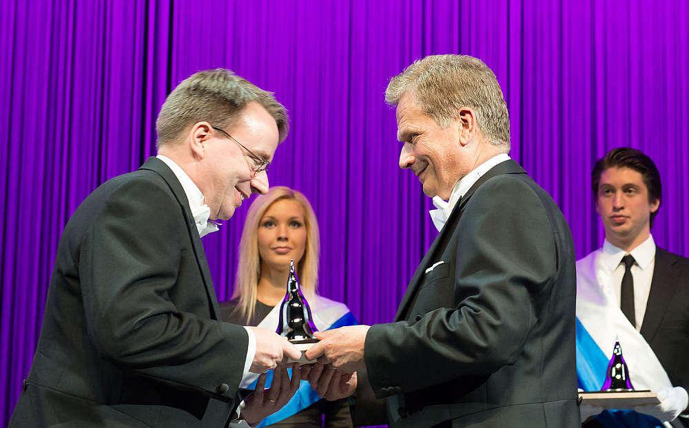 Linus Torvalds nimmt den Millennium-Preis 2012 entgegen. (pd)