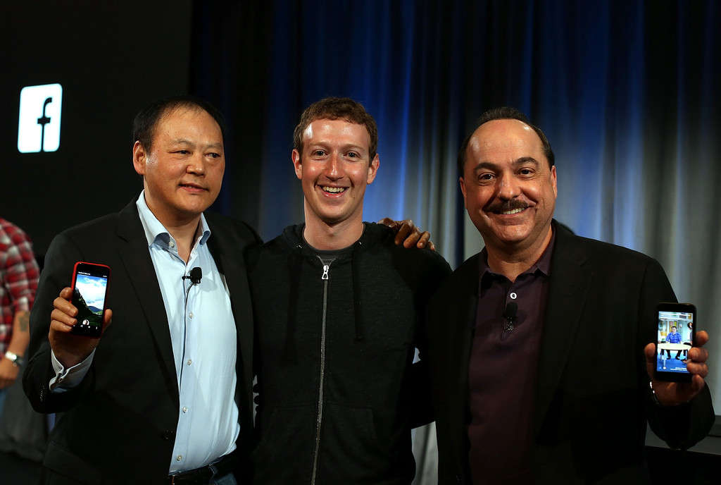 Mark Zuckerberg - Peter Chou- Facebook Home